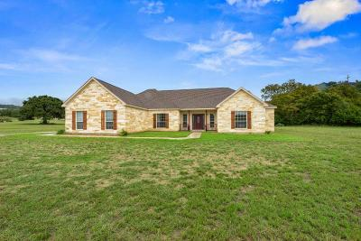 Comfort TX Single Family Home For Sale: $349,900