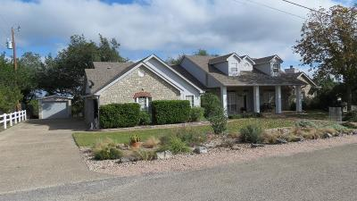 Kerrville Single Family Home For Sale: 138 Crockett Dr