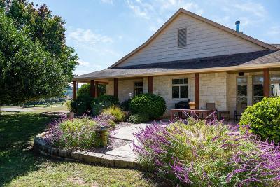 Ingram TX Single Family Home For Sale: $499,900