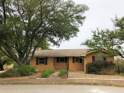 Kerrville Single Family Home For Sale: 112 Village Dr