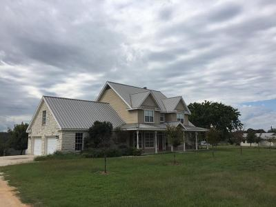 Kerrville Single Family Home For Sale: 117 Oakwood Rd