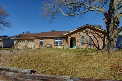 Kerrville Single Family Home For Sale: 130 Crescent Dr