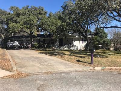 Kerrville Single Family Home For Sale: 120 Crescent Dr