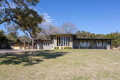 Kerrville Single Family Home For Sale: 104 Royal Oaks Loop