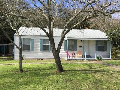 Kerrville Single Family Home For Sale: 410 Circle Ave