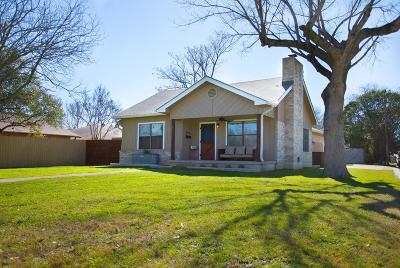 Kerrville Single Family Home For Sale: 971 Golf St