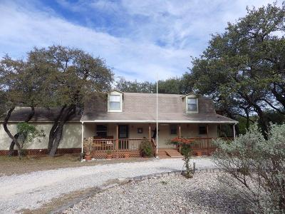 Leakey TX Single Family Home For Sale: $289,000
