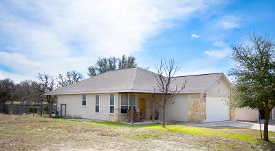 Kerrville Single Family Home For Sale: 315 Bow Dr.