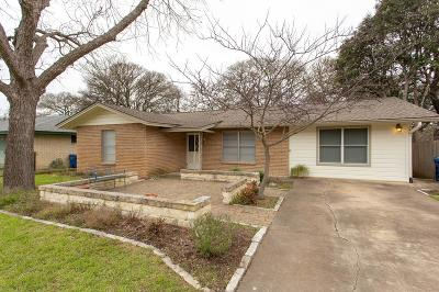 Kerrville Single Family Home For Sale: 1007 Donna Kay Dr