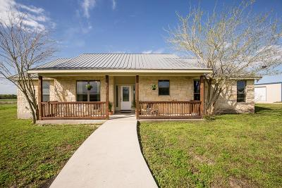 Seguin TX Single Family Home For Sale: $495,000