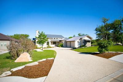 Kerrville Single Family Home For Sale: 1013 Club House Rd