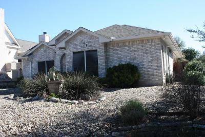Single Family Home For Sale: 108 Bent Oak Lane