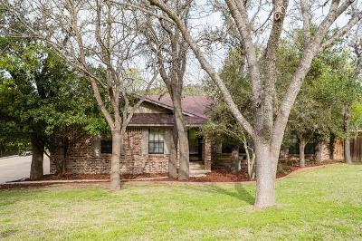 Kerrville Single Family Home For Sale: 630 East Lane