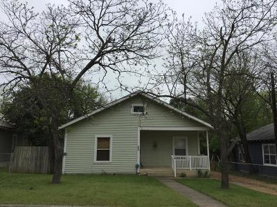 Kerrville Single Family Home For Sale: 821 Robinson Ave