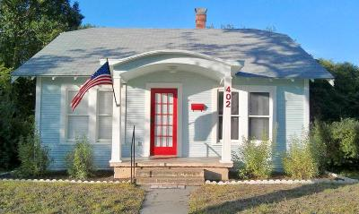 Kerrville Single Family Home For Sale: 402 Water St