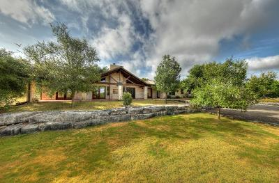 Kerrville Single Family Home For Sale: 232 Spanish Oak Dr
