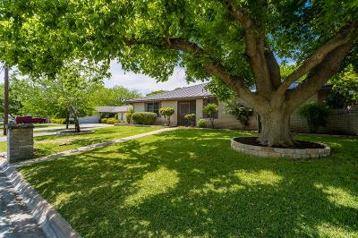 Kerrville Single Family Home For Sale: 214 Stephanie Dr
