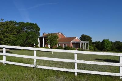 Kerrville Single Family Home For Sale: 236 Burney Lane