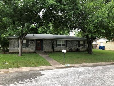 Kerrville Single Family Home For Sale: 100 Cynthia Dr