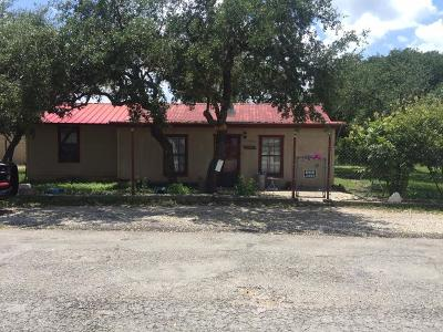 Gillespie County, Kerr County, Kimble County, Bandera County, Real County, Edwards County, Mason County, Uvalde County, Medina County, Kendall County Single Family Home For Sale: 203 Llano St