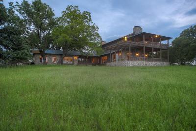 Kerrville Single Family Home For Sale: 798 Spanish Oak Trail