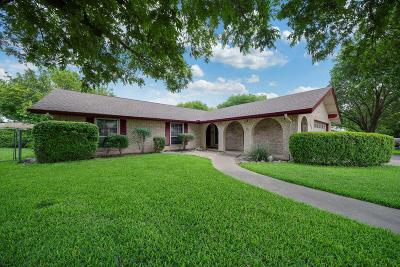 Kerrville Single Family Home For Sale: 103 Spanish Oak Lane
