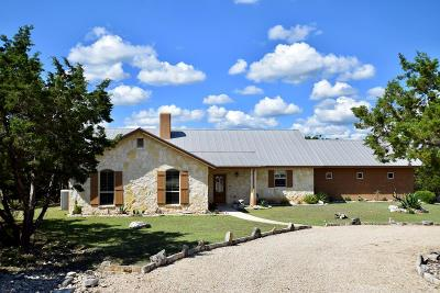 Hunt Single Family Home For Sale: 269 Cave Springs Dr