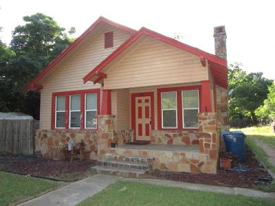 Kerrville Single Family Home For Sale: 710 Robinson Ave