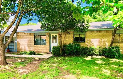Ingram Single Family Home For Sale: 214 Oak Leaf