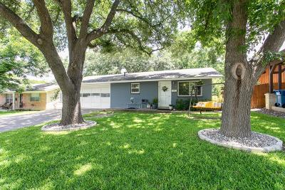 Kerrville Single Family Home For Sale: 1608 First St