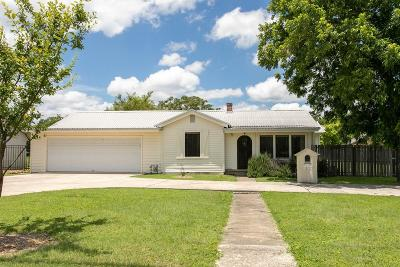 Kerrville Single Family Home For Sale: 412 Guadalupe St