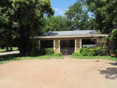 Ingram Single Family Home For Sale: 201 Ingram Loop