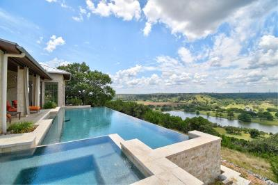 Kerrville TX Single Family Home For Sale: $1,600,000