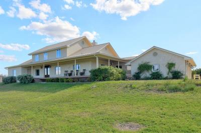 Gillespie County, Kerr County, Kimble County, Bandera County, Real County, Edwards County, Mason County, Uvalde County, Medina County, Kendall County Single Family Home For Sale: 247 Huntleigh Rd
