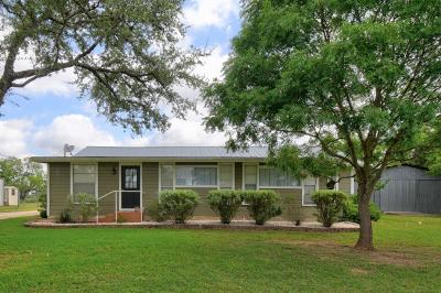 Kerrville Single Family Home For Sale: 2120 Arcadia Loop