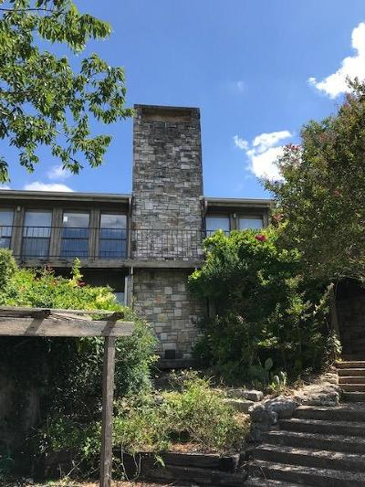 Kerrville Single Family Home For Sale: 2105 Bluff Ridge Dr