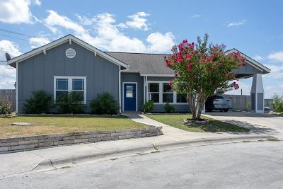 Kerrville Single Family Home For Sale: 216 Laurel Heights Blvd.
