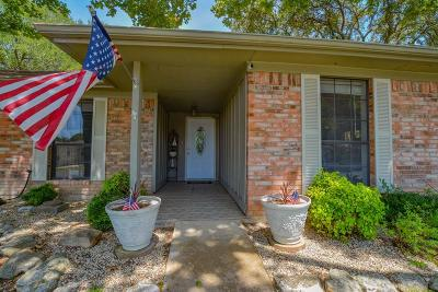Kerrville Single Family Home For Sale: 2401 Trails End