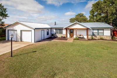Kerrville Single Family Home For Sale: 105 Dover Dr