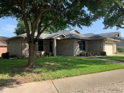 Kerrville Single Family Home For Sale: 319 Crestwood Dr