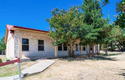 Kerrville Single Family Home For Sale: 155 Fannin Dr