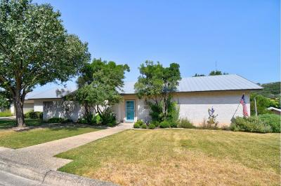 Kerrville Single Family Home For Sale: 447 Vicksburg Ave