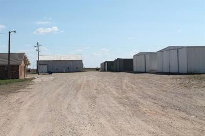 Slaton  Commercial For Sale: 15003 Farm Road 400
