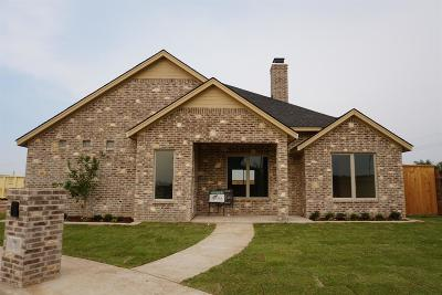 Lubbock Single Family Home For Sale: 11215 Gardner