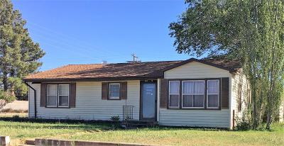 Plains TX Single Family Home For Sale: $66,000