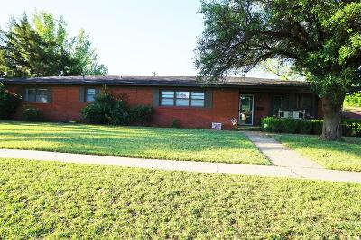 Brownfield TX Single Family Home For Sale: $144,900