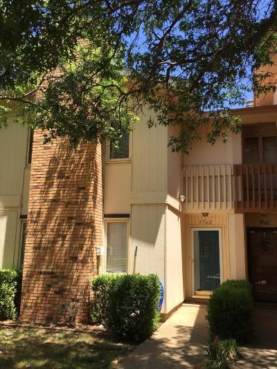 Lubbock TX Townhouse Sold: $99,000