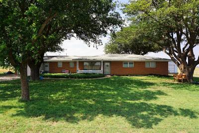 Slaton Single Family Home Under Contract: 10521 East Woodrow Road