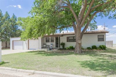 Shallowater Single Family Home Under Contract: 1015 13th Street