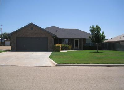Abernathy Single Family Home For Sale: 1004 Deer Court